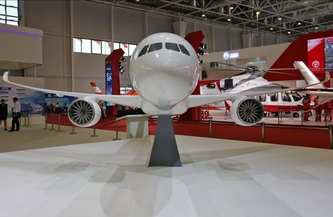 ОАК примет активное участие в выставке Airshow China, представив самолеты военной, гражданской и спецавиации