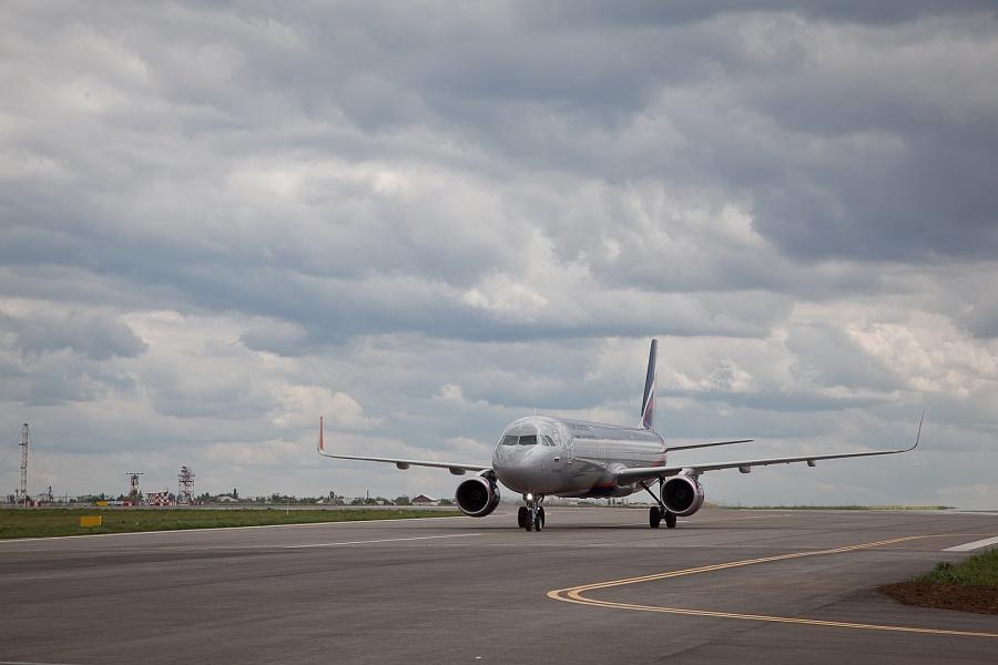 В волгоградском аэропорту для самолетов открыли первую очередь новой рулежной дорожки