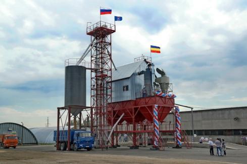 Современный зерноочистительный комплекс заработал в Суровикино Волгоградской области