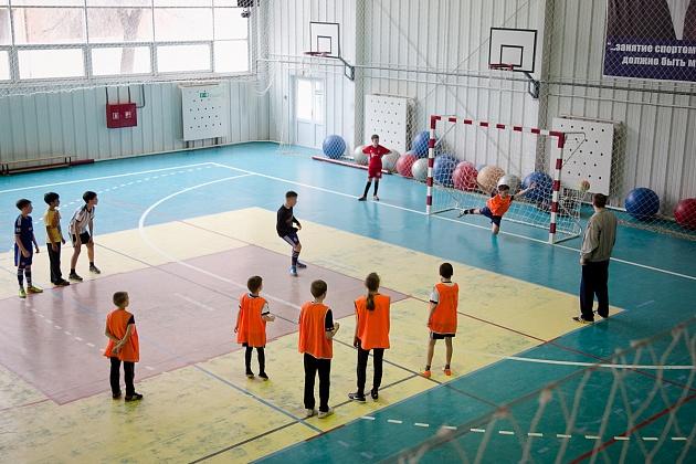В Волгоградской области отремонтируют 16 школ в которых учатся 3630 человек