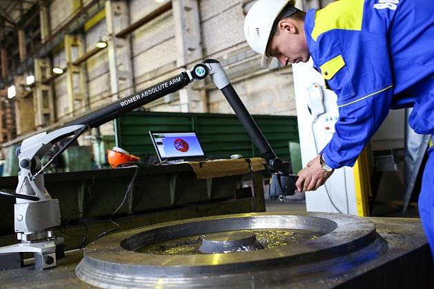Среднемесячная заработная плата в январе-июне 2017 года в промышленном секторе волгоградского региона увеличилась на 14%