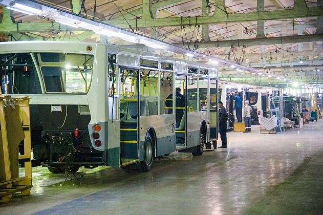 Волгоградский завод будет поставлять регионам школьные автобусы по федеральной программе