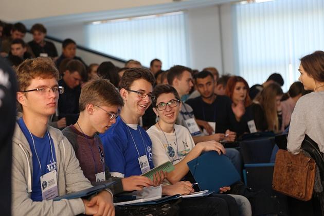 В Волгограде проходит олимпиада по робототехнике и информационным технологиям