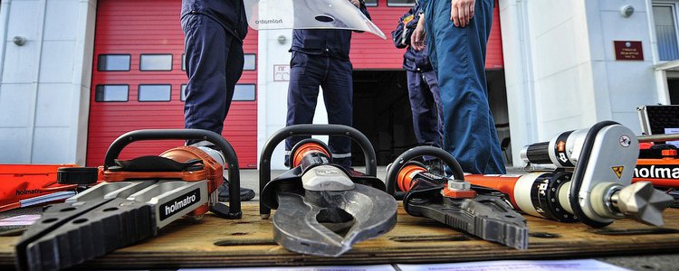 Аварийно-спасательная служба Волгоградской области получила более 350 единиц оборудования