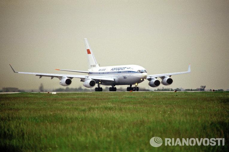Первые пять серийных Ил-496 будут переданы ГТЛК и приступят к авиаперевозкам на маршруте Москва-Хабаровск и Владивосток