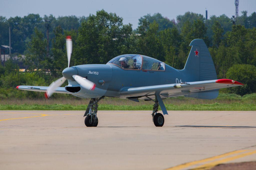 Як-152 планируется сертифицировать как по российским так и по европейским нормам лётной годности